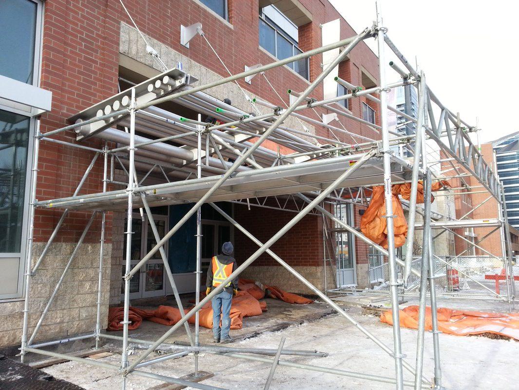 hoarding & scaffolding