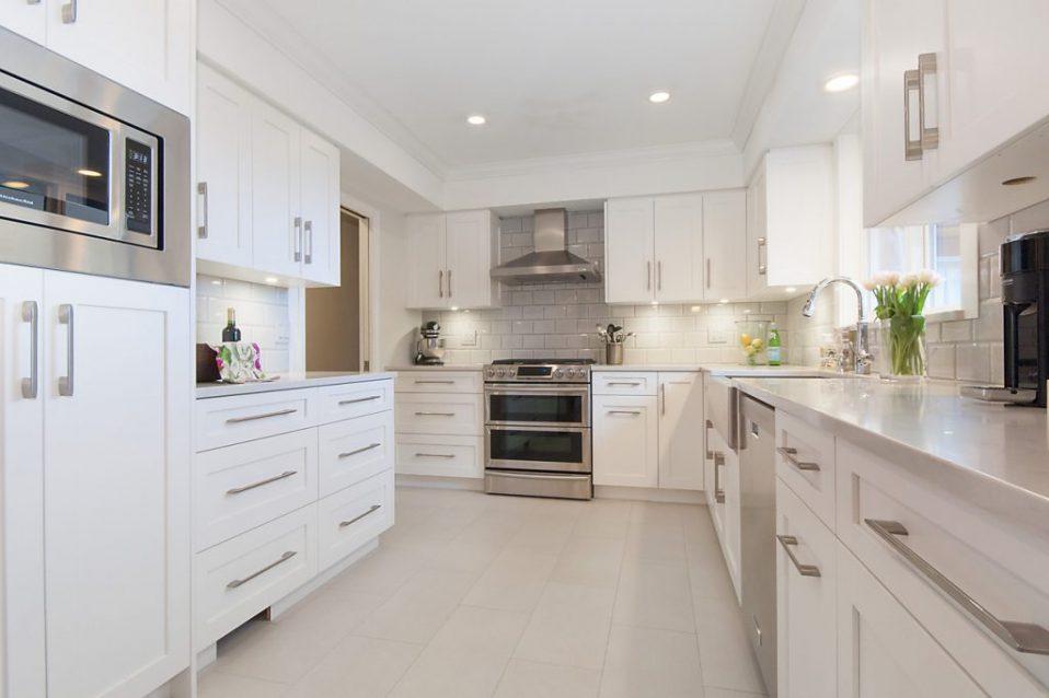 kitchen and bathroom resurfacing