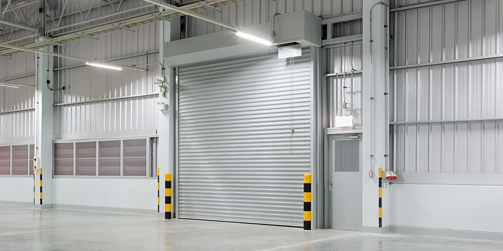 There are so many types of doors that you can use for the industrial environment. Talking of which roller shutter door is one such popular choice that is used for many reasons