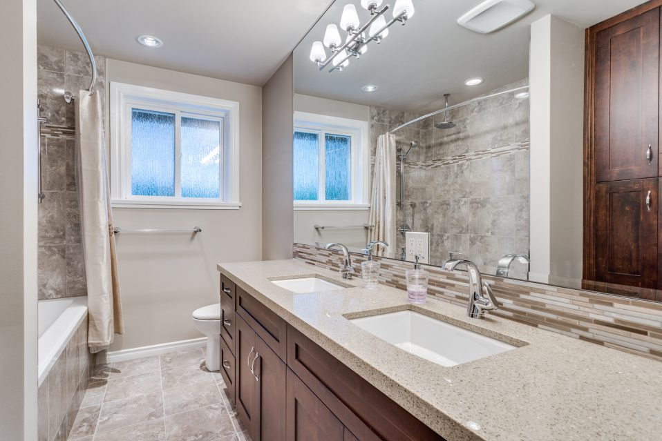 A smart and specialized bathroom makeovers Sydney can get you those materials. Hence, it would be wise to spot a good bathroom makeover supplier first.
