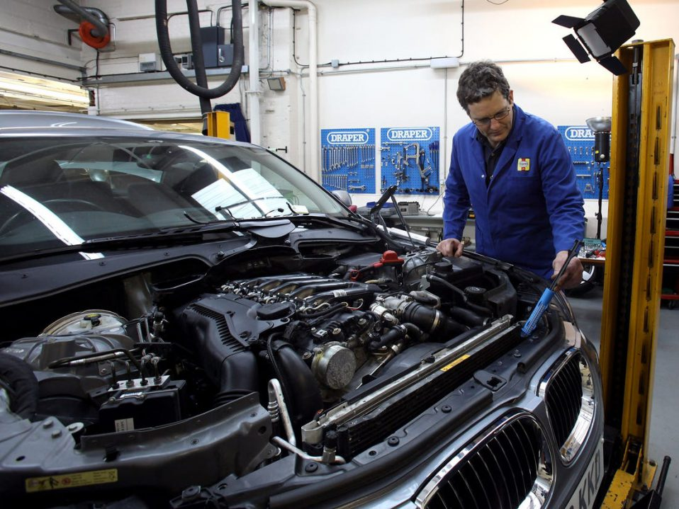 bmw mechanic frenchs forest